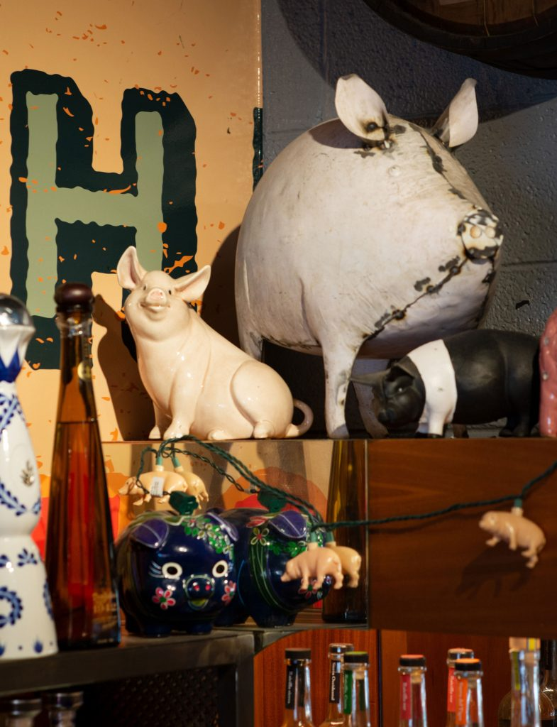 Cochino Taco pig figurines