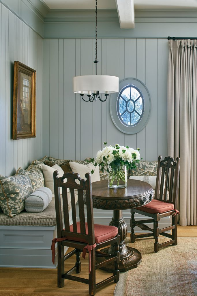 Cherry Hills Village home banquette