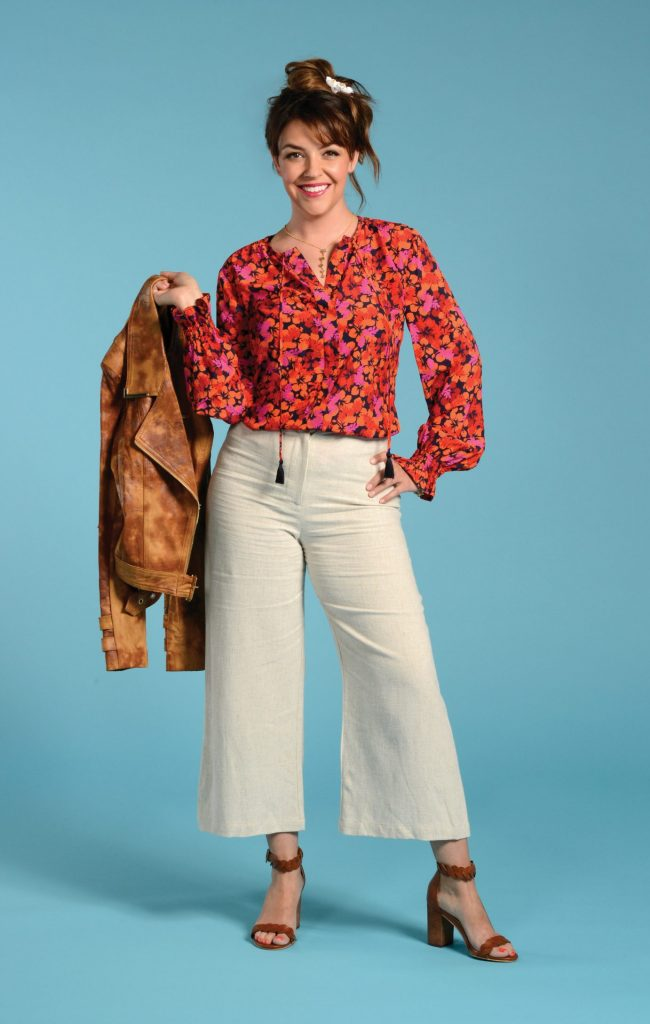 Linen pants and blouse look