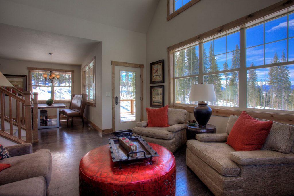 Moosehorn living room