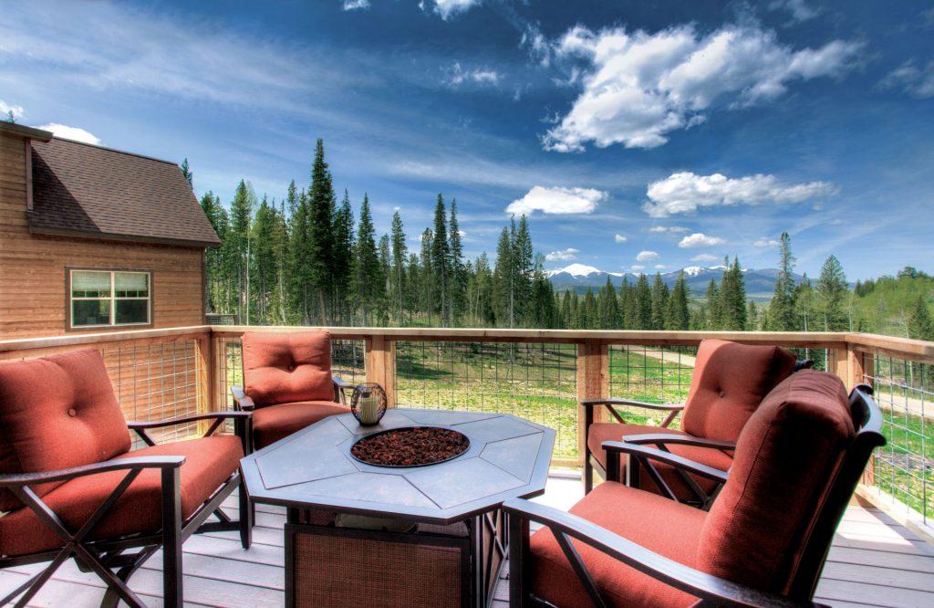 Moosehorn back deck